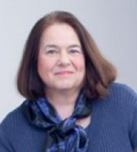 Aline Sayer headshot