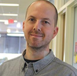 Aaron Hoholik