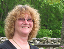 Kirsten Helmer headshot