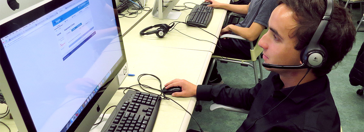 A student uses the UMass Amherst Language Lab