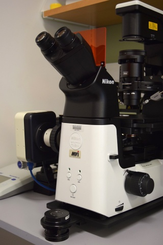 Nikon Ts2R Inverted Microscope