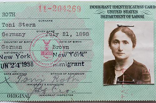Immigrant ID card of Toni Stern