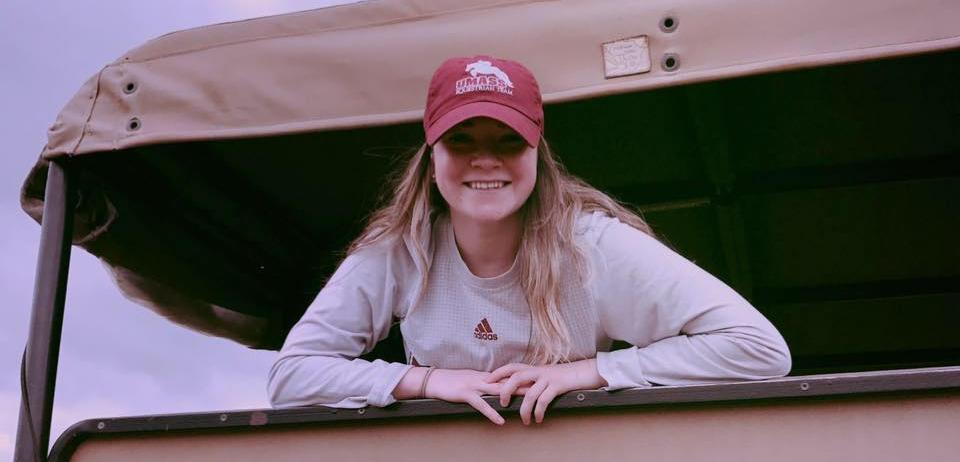 Laura Barkowski '19 smiling at the camera