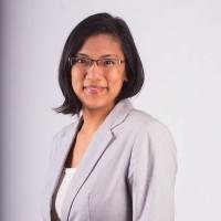 UMass Associate Professor Regine Spector