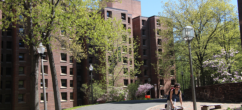 Offers Suite Style Living In A Shady Wooded Area Each Residence Hall Contains 64 Suites Some Are All Male Female And Co Ed