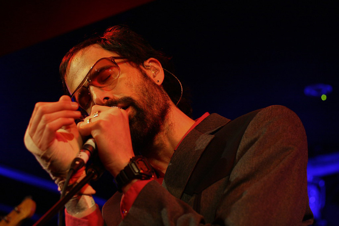 David Berman singing on stage