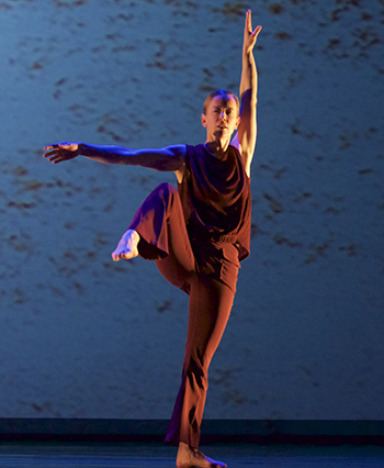 Bronwen MacArthur, dance faculty