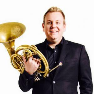 Mike Walker, horn
