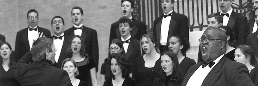 Wayne Abercrombie conducting Chamber Choir
