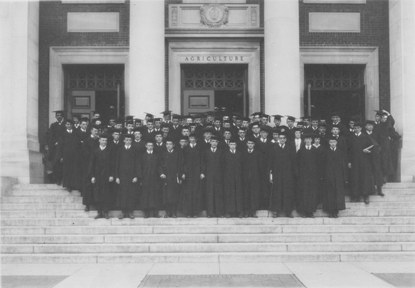Barnes, Lincoln Wade. Class of 1922 in graduation robes, 1922. University Photograph Collection (RG 130). Special Collections and University Archives, University of Massachusetts Amherst Libraries