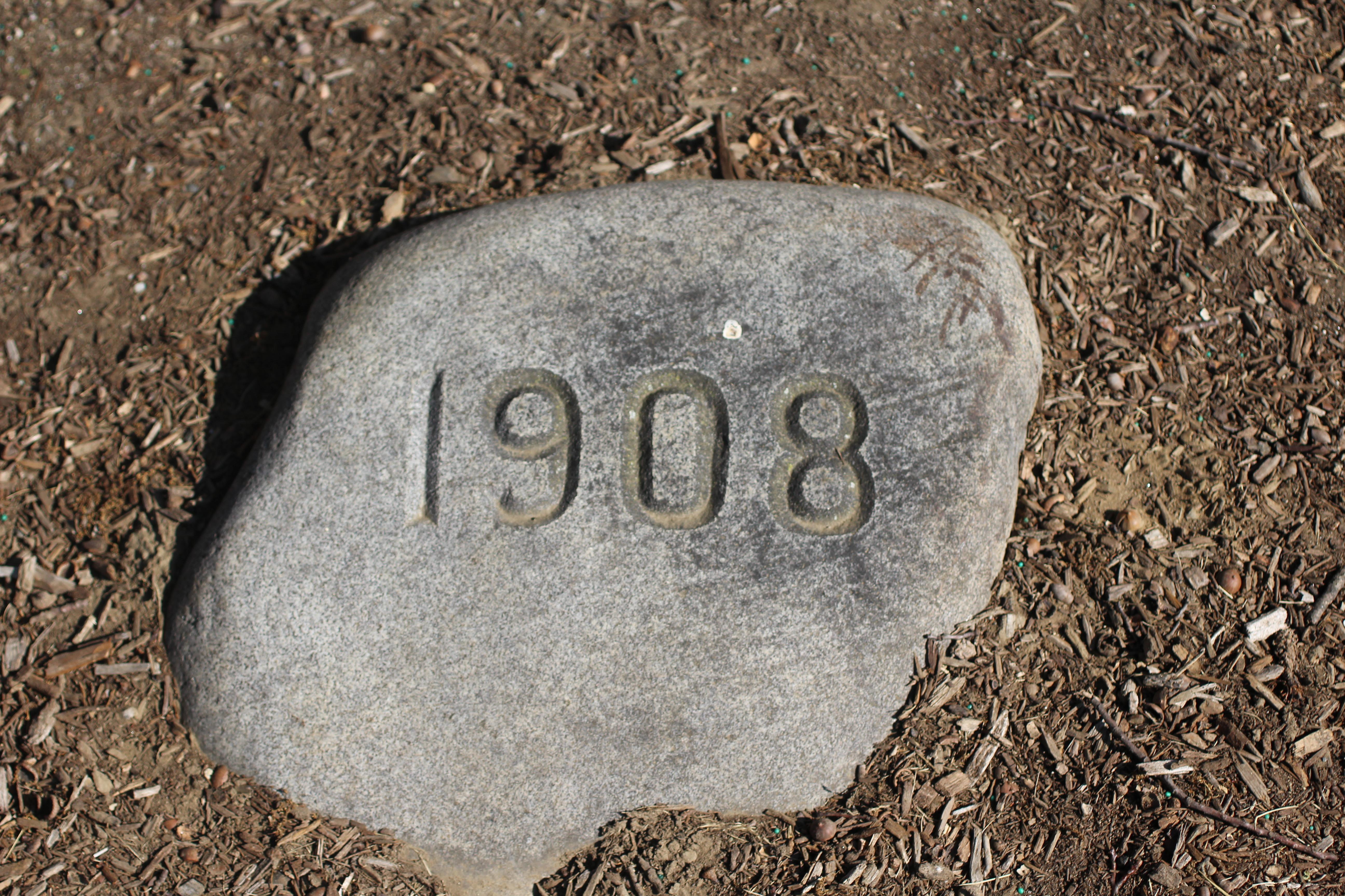 1908 UMA Class Tree Stone