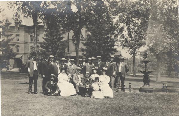 1882 MAC Fountain