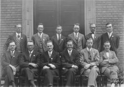 Barnes, Lincoln Wade. Class of 1921 at fifth reunion, June 1926. University Photograph Collection (RG 130). Special Collections and University Archives, University of Massachusetts Amherst Libraries
