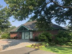 Robsham Visitors Center