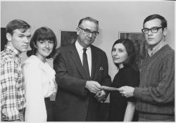 Oswald Tippo accepting contribution from students, ca. January 1971