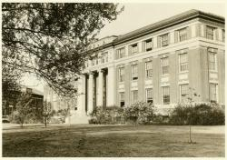 Stockbridge Hall, undated, Photo: Special Collections and University Archives, University of Massachusetts Amherst Libraries