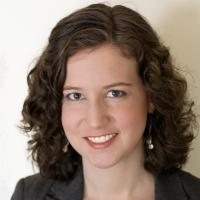 headshot of Amy Ferrer., MPPA 2008
