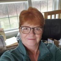 Headshot of Ellen Bitzer