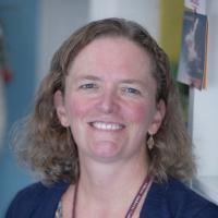 headshot of Professor Katie McDermott