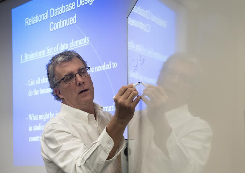 Professor Charlie Schweik in the classroom