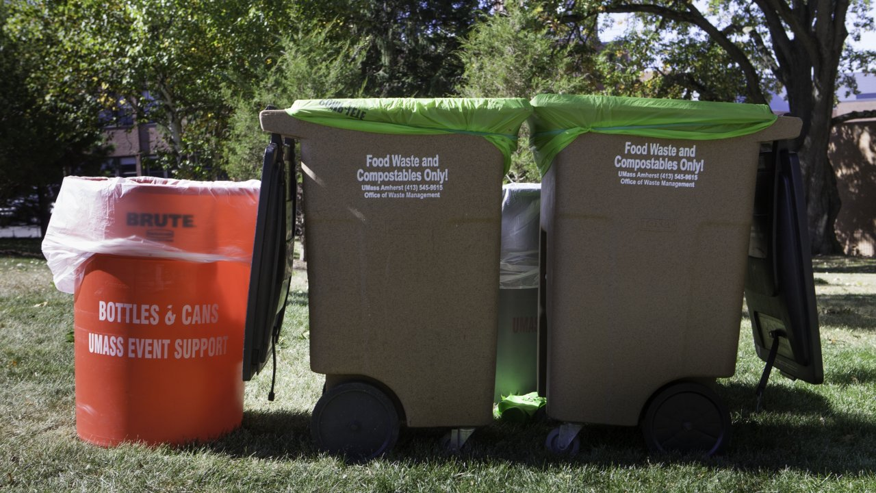 Waste and Recycling at the University of Massachusetts Amherst