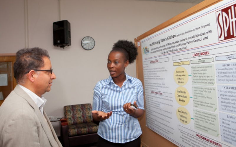 Instructor and student at SPHHS Research Day